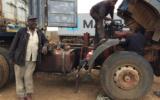 Nubian driver stuck between Juba and Kampala<br />©La Vanguardia / Poldo Pomés